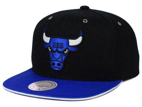air-jordan-14-laney-bulls-hat-3