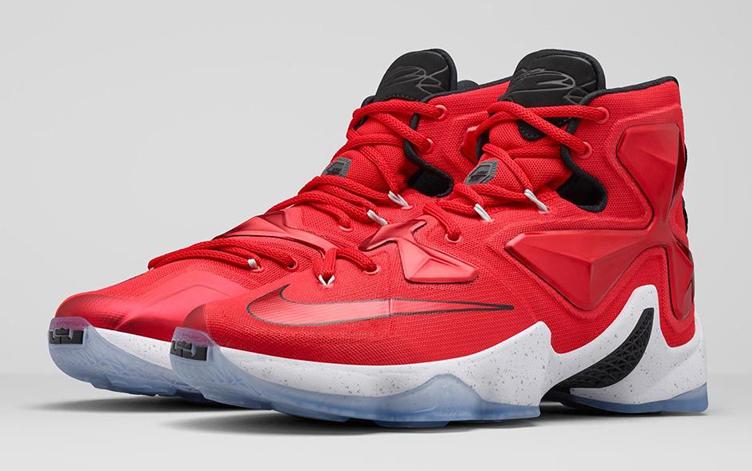 nike-lebron-13-on-court-sneaker