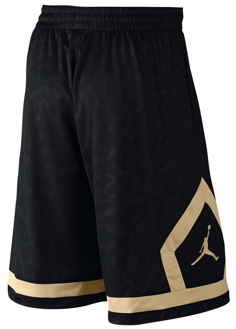 jordan-flight-diamond-cloud-shorts-black-gold-2