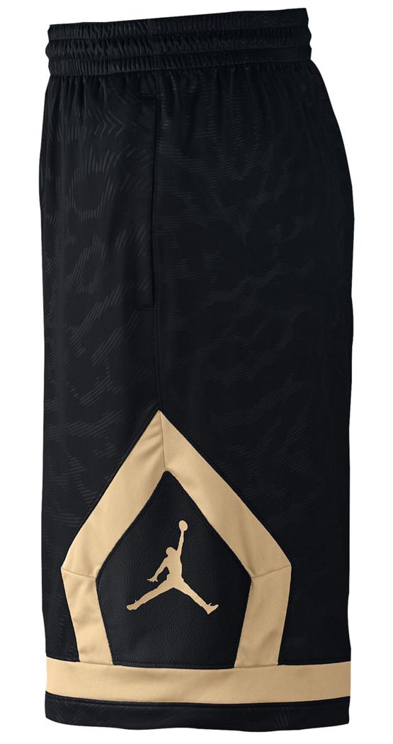 jordan-flight-diamond-cloud-shorts-black-gold-3