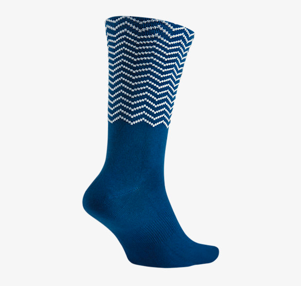 air-jordan-12-french-blue-socks-2