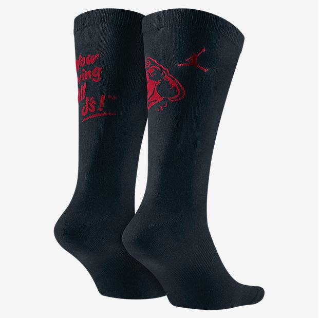 air-jordan-5-low-fire-red-black-socks-2