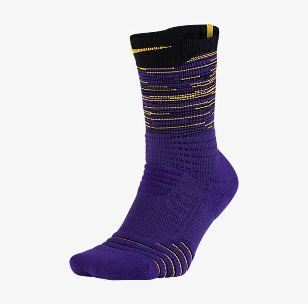 nike-kobe-11-carpe-diem-socks-1