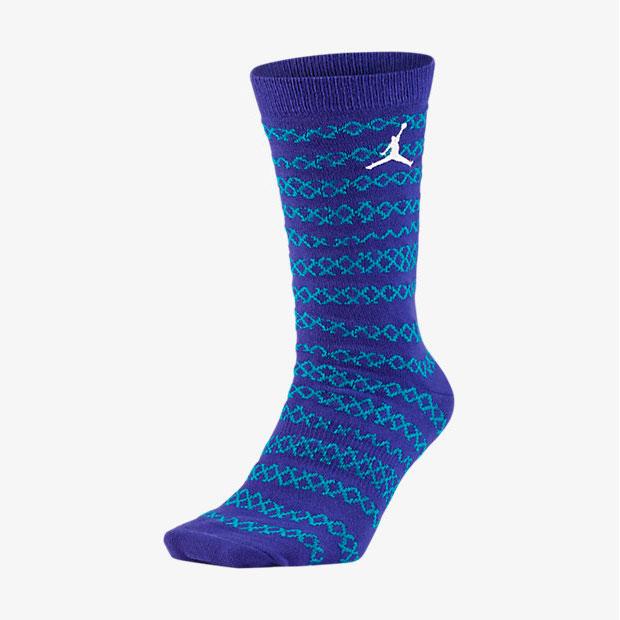 air-jordan-10-charlotte-socks-1