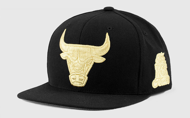 0e347f831c6 ... australia air jordan 11 metallic gold chicago bulls hat 67386 b3497