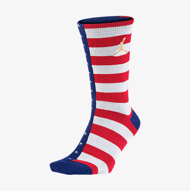 1391e24291ef61 air-jordan-7-olympic-alternate-socks-1