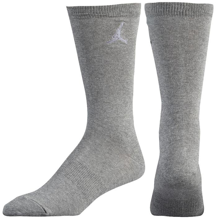 air-jordan-12-low-wolf-grey-socks-match