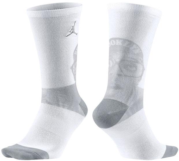 air-jordan-4-pure-money-socks