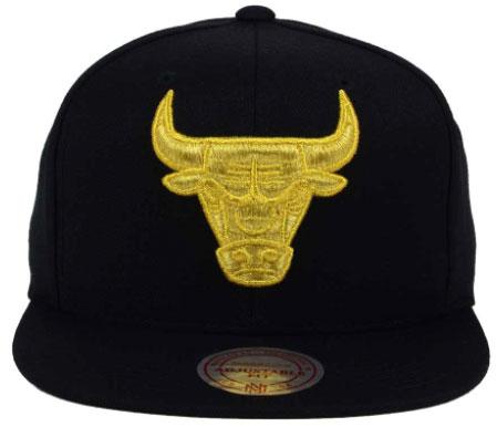 c566aab04b2d air-jordan-13-14-dmp-bulls-cap-mitchell-. Mitchell   Ness Chicago Bulls  Gold Logo Snapback ...