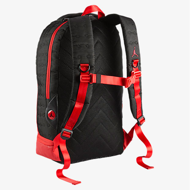 air-jordan-13-bred-backpack-2