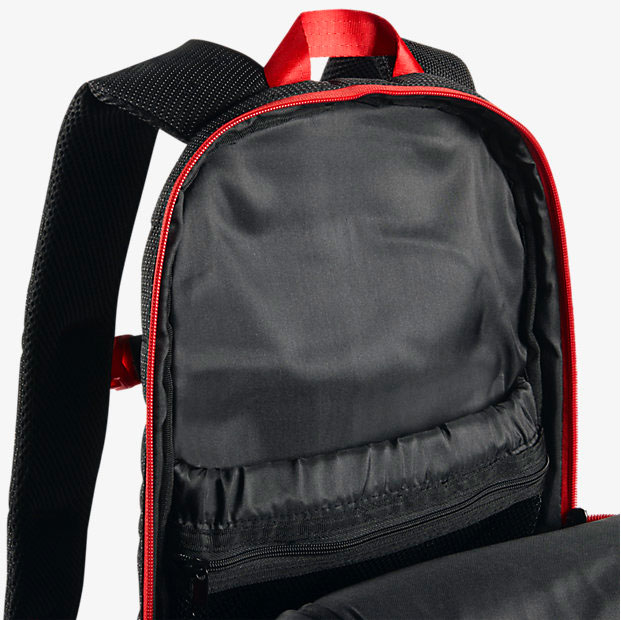 air-jordan-13-bred-backpack-3