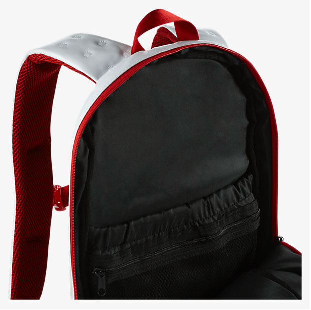 air-jordan-13-history-of-flight-backpack-3