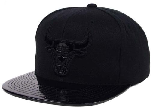 jordan-5-premium-black-bulls-hat-1