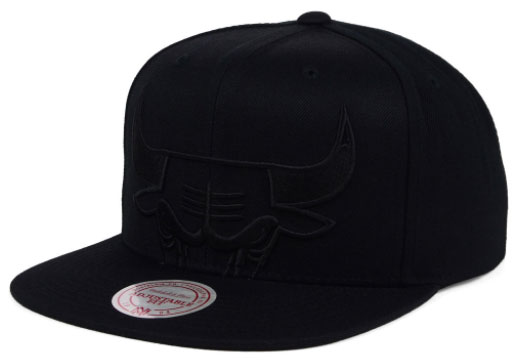jordan-5-premium-black-bulls-hat-4