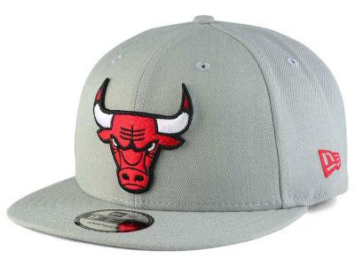 jordan-5-white-cement-bulls-grey-hat-1