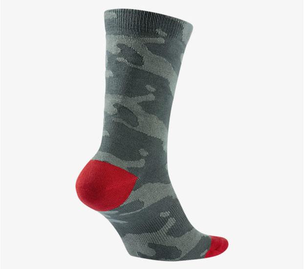 air-jordan-5-camo-socks-2