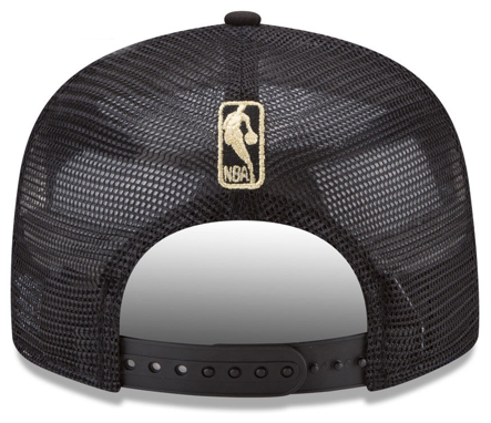 foamposite-metallic-gold-new-era-trucker-snapback-cap