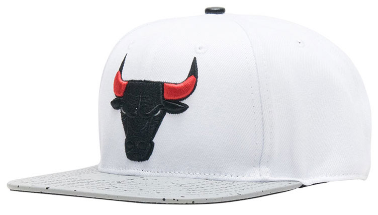 jordan-5-white-cement-bulls-hat-match-1
