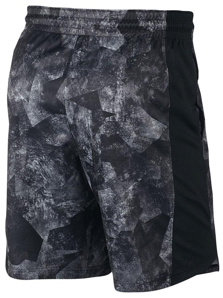 nike-lebron-15-shorts-black-3