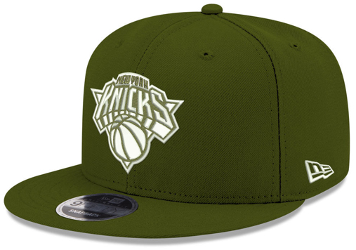 legion-green-foamposites-new-era-snapback-hat-knicks