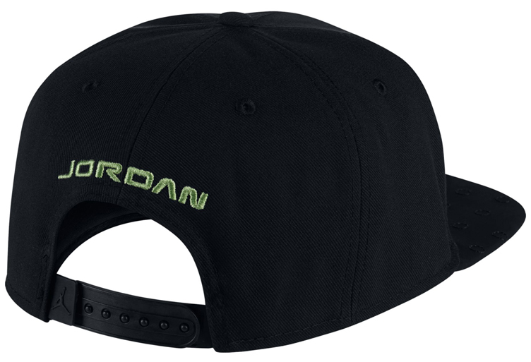 air-jordan-13-altitude-snapback-hat-2