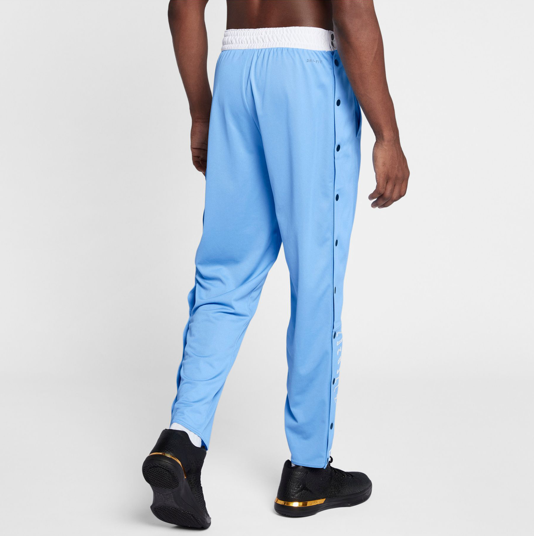 jordan-11-win-like-82-unc-pants-2