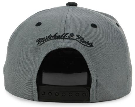 jordan-13-altitude-bulls-matching-hat-3