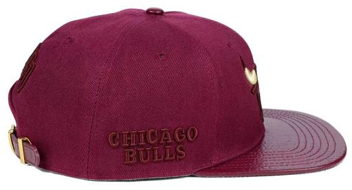 jordan-5-premium-bordeaux-bulls-sneaker-hook-hat-2