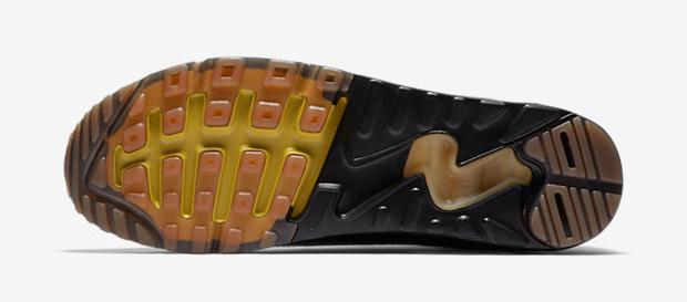 nike-air-max-90-ultra-2-essential-black-gold-4