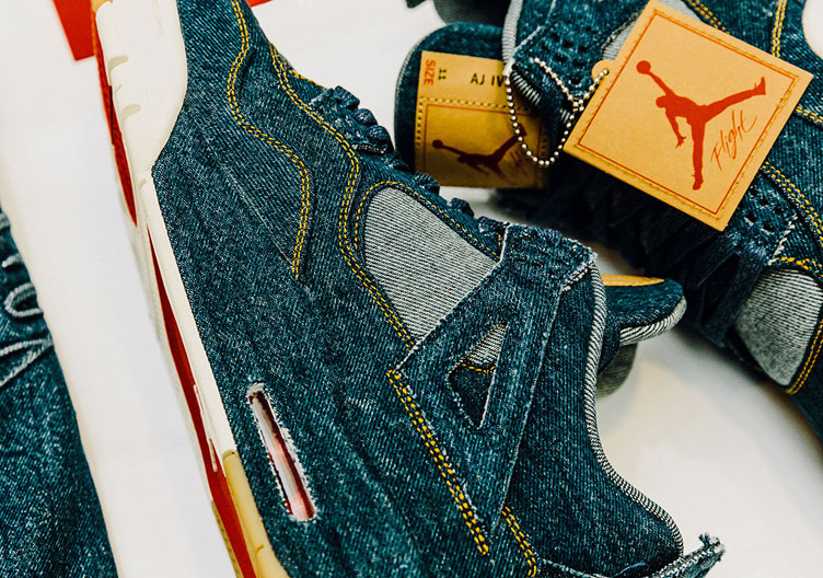 air-jordan-4-levis-jacket-and-shoes-release-date