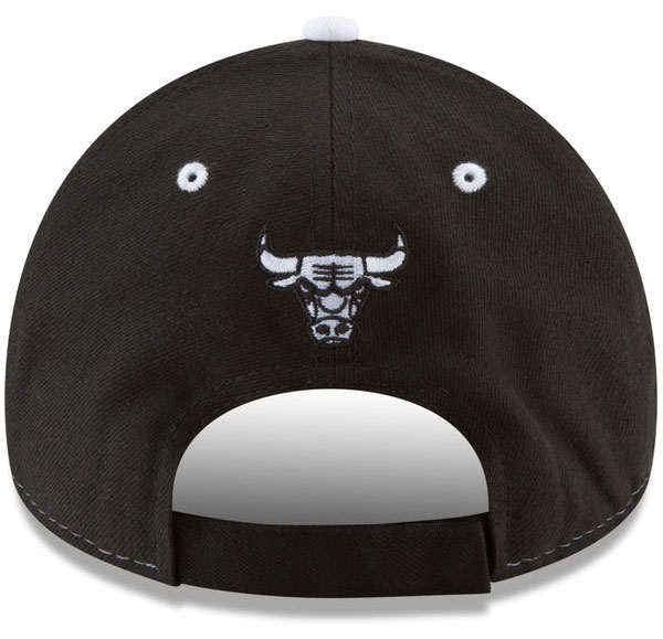 jordan-1-flyknit-shadow-bulls-hat-match-2