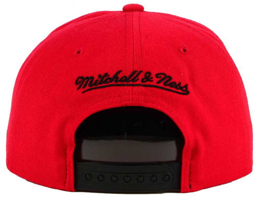 jordan-10-cool-grey-bulls-red-hat-2