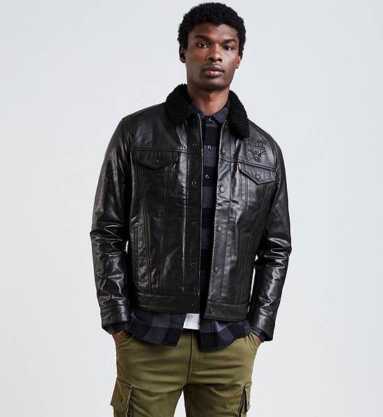 jordan-4-levis-bulls-black-trucker-jacket-1