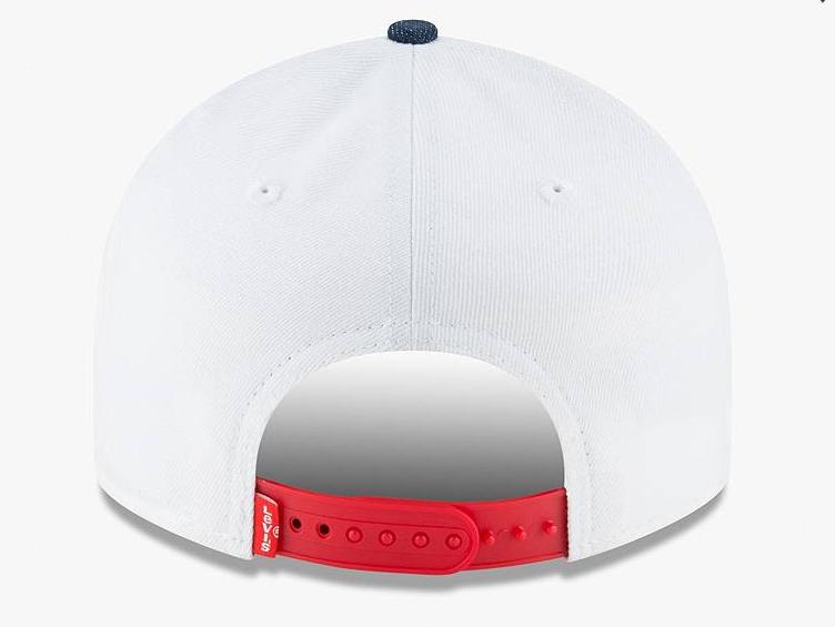 jordan-4-levis-bulls-hat-3
