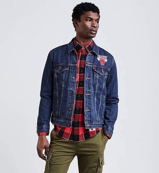 jordan-4-levis-bulls-jean-jacket-1