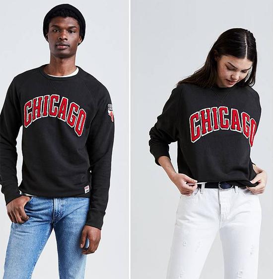 jordan-4-levis-bulls-sweatshirt-1