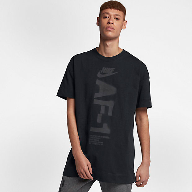 nike-air-force-one-black-tee