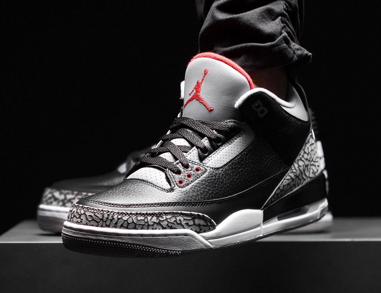 air-jordan-3-black-cement-apparel-hooks