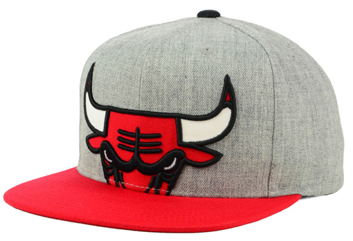 black-cement-3s-bulls-snapback-hat-1
