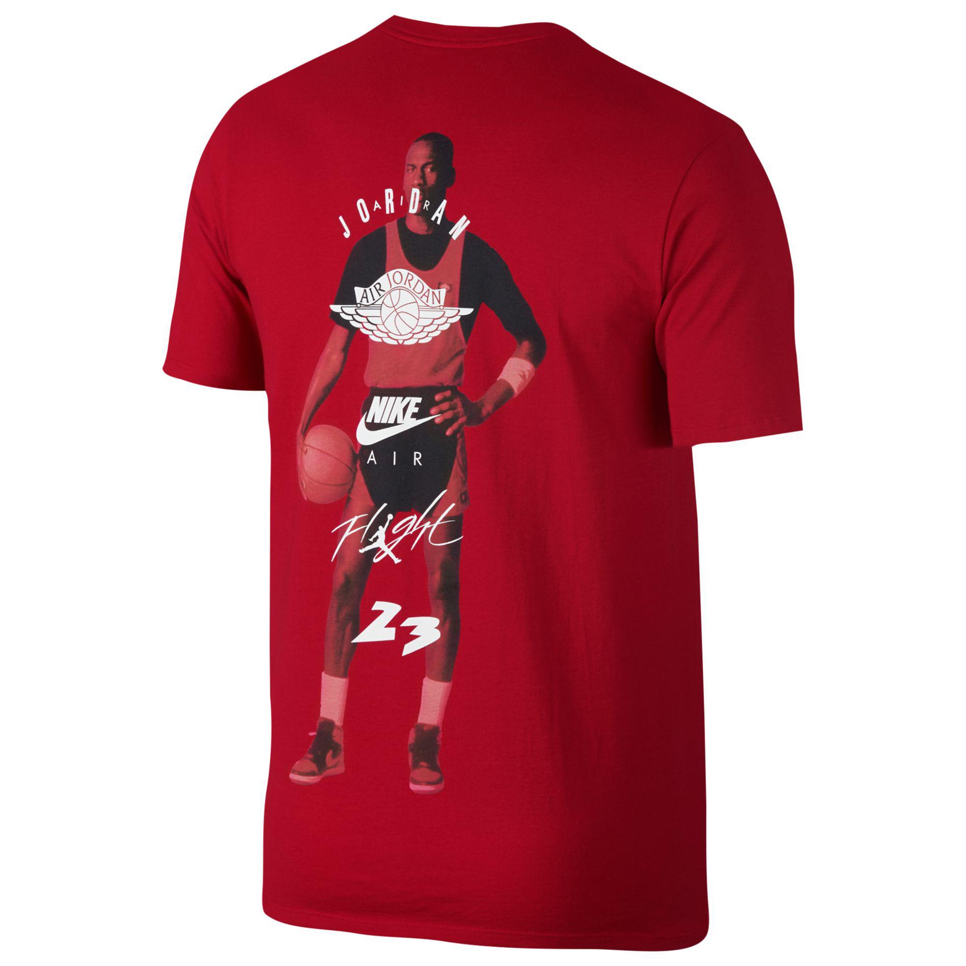 jordan-1-bred-toe-sneaker-shirt-2