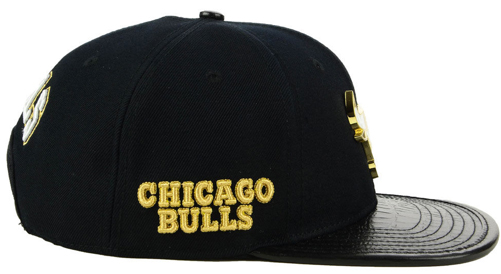 jordan-1-gold-toe-bulls-black-snapback-hat-2