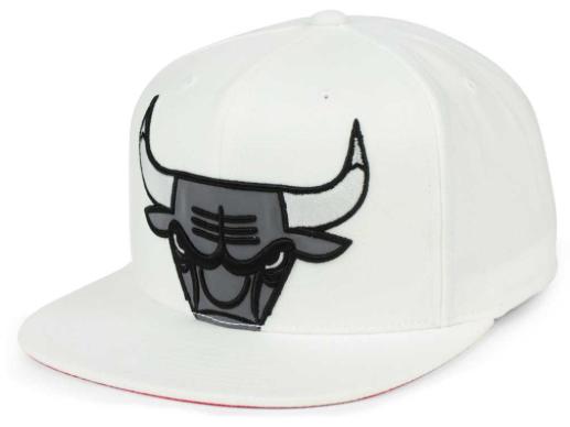jordan-3-black-cement-bulls-white-hat-1
