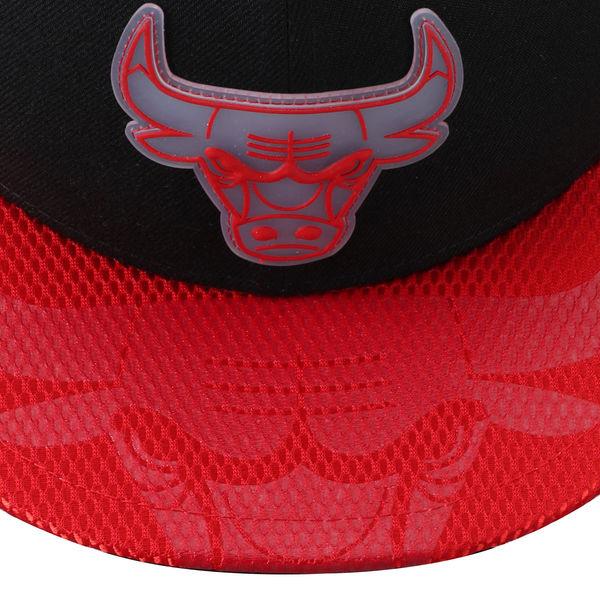 jordan-3-black-cement-new-era-bulls-snapback-cap-2