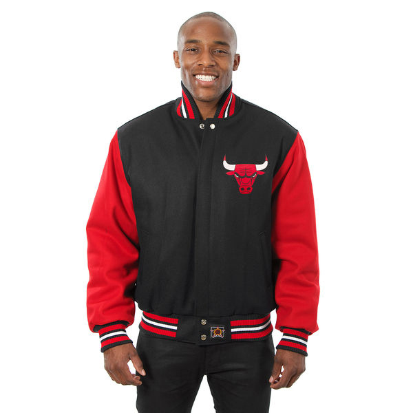 air-jordan-1-bred-toe-bulls-jacket-match-5