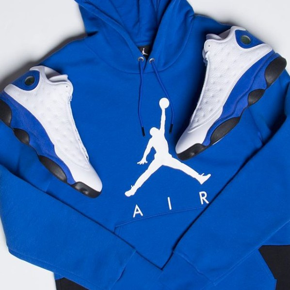 jordan-13-hyper-royal-hoodie