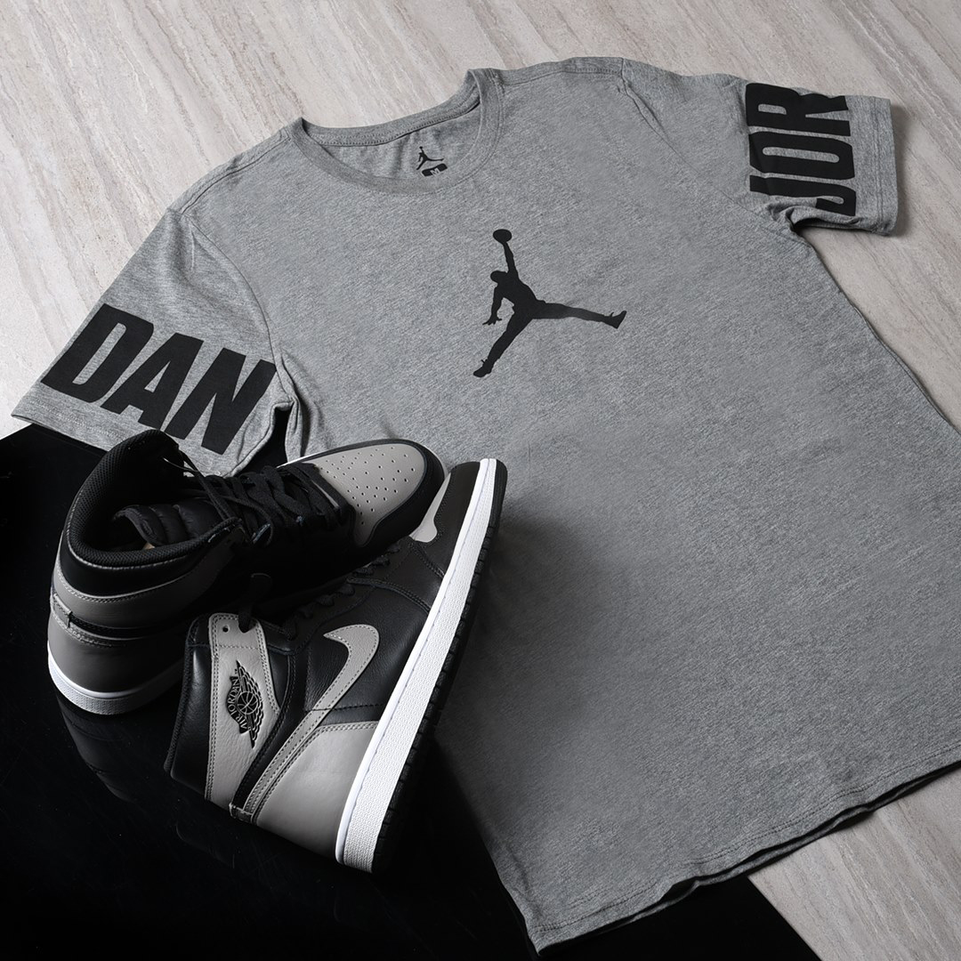air-jordan-1-shadow-shirt-match