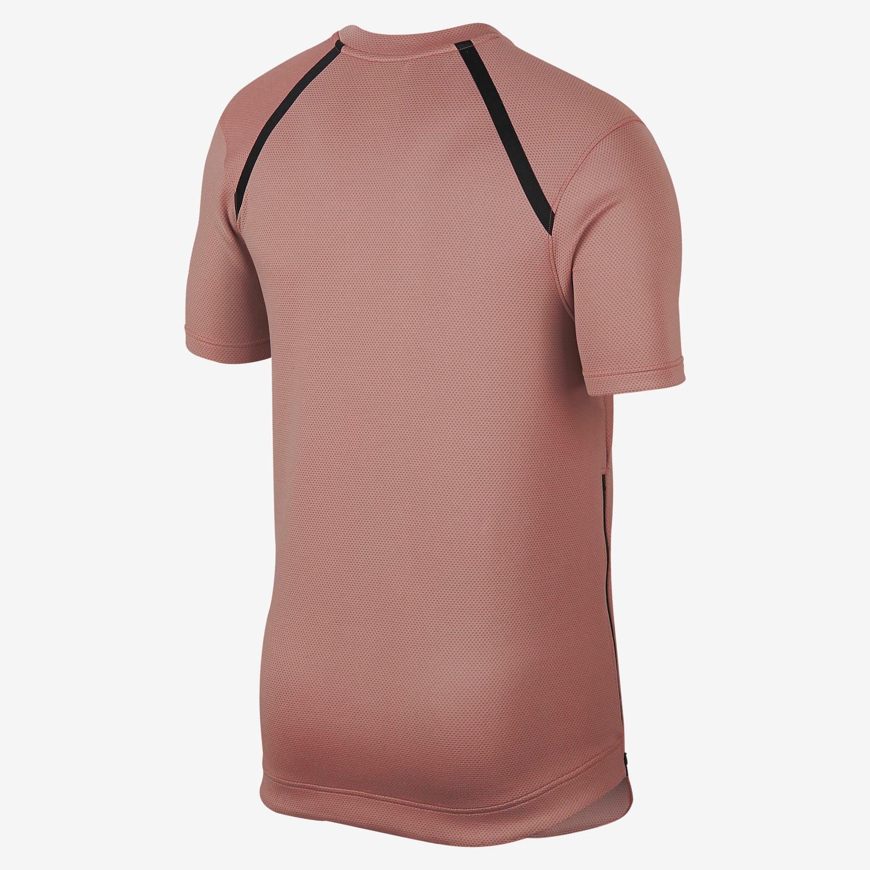 nike-air-foamposite-one-foamposite-rust-pink-shirt-match-2