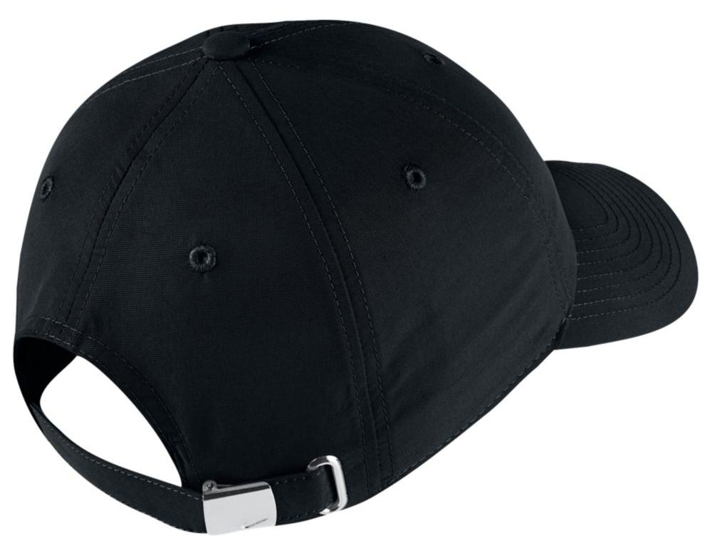 nike-air-vapormax-97-silver-bullet-hat-2