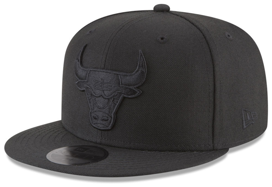 jordan-11-cap-and-gown-bulls-fitted-hat-match
