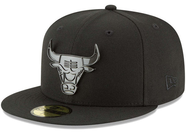 jordan-11-cap-and-gown-bulls-new-era-hat-1